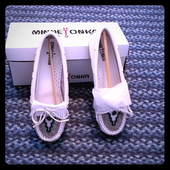 Minnetonka Shoes - Minnetonka moc CDC asins